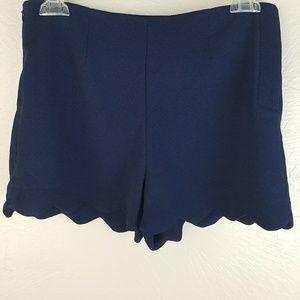 Monteau Shorts Scalloped Hem